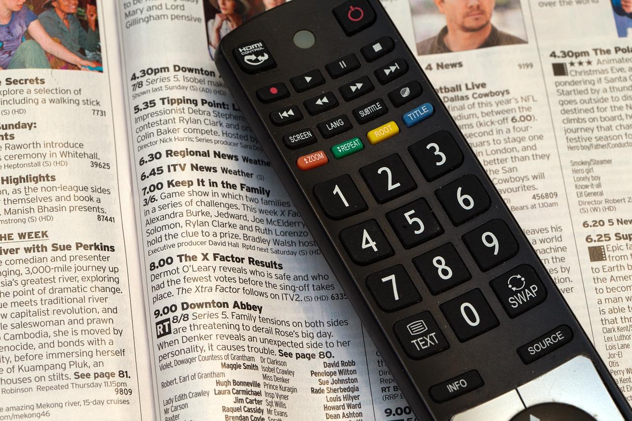 television-remote-control-525705_1280