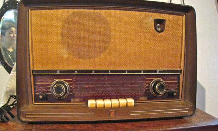 REFLEXIONES EN VOZ ALTA. LA RADIO TENDRÁ FUTURO SI CONSIGUE RENOVAR SU AUDIENCIA