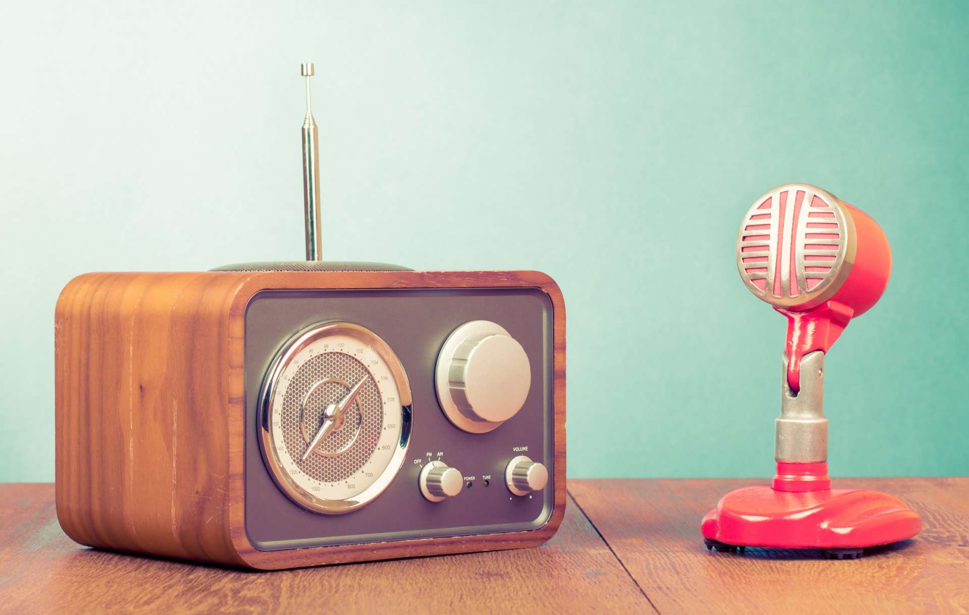 Podcast busca patrocinador   Innovación Audiovisual