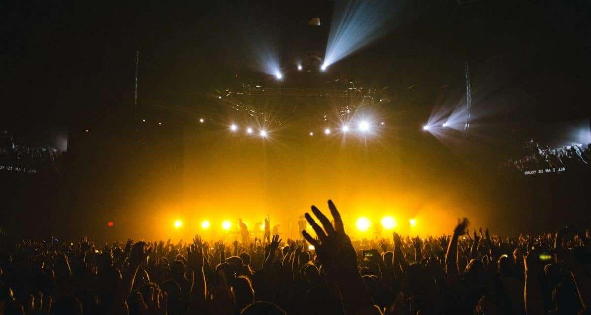 La absurda idea de cómo salvar la industria cultural